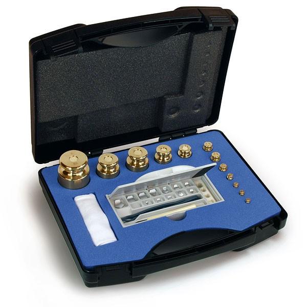 M1 Gewichtssatz, Knopfform, Messing feingedreht, im Kunststoff-Koffer