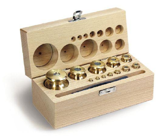 M1 Gewichtssatz, Knopfform, Messing feingedreht, im Holz-Koffer